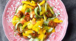 Silkės salotos su pomidorais ir paprika
