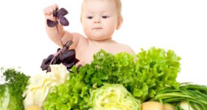"""Gydytojai perspėja: """"Veganiška mityba vaikams yra pavojinga"""""""
