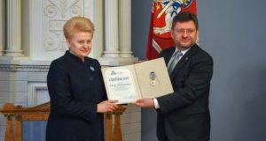 Prezidentei – garbingas Baltijos Asamblėjos apdovanojimas