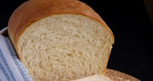 Naminė sumuštinių duona