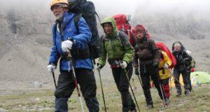"""Į kalnus tūkstančius išvedęs 75-erių keliautojas: """"Senatvės gyvenime nėra"""""""