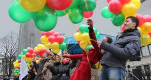 """Šimtmečio valstybingumo maršrutuose """"Geltona. Žalia. Raudona"""" – 200 nemokamų renginių"""