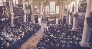 Žinia apie atkurtos Lietuvos šimtmetį sklido po daugiamilijoninį Londoną