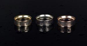 Ant lietuvės kurtų žiedų nugulė žinomiausi Lietuvos objektai