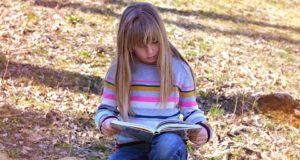 Kas turėtų išrinkti vaikams knygas – suaugusieji ar patys vaikai?