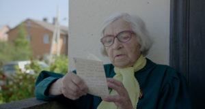 """Filmo apie Lietuvos šimtamečius režisierė: """"Šimtamečiai mus pakraudavo geros energijos visai savaitei"""""""
