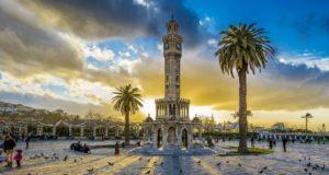 Izmiras: kuo gali nustebinti šis Turkijos perlas