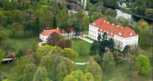 Pažinimo projektas kviečia aplankyti Baltijos šalių pilis ir dvarus