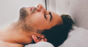 Miego apnėja ne tik kenkia miegui, bet ir yra pavojinga sveikatai