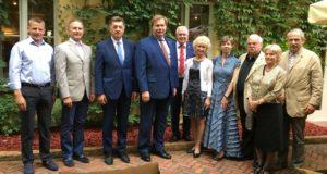 LR Garbės konsulo Aspene dr. Jono Prunskio susitikimai Lietuvoje