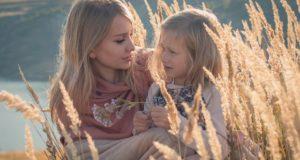 Kalbinis mandagumas vaikystėje: kaip jį ugdyti?