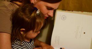 Keturios būdo savybės, padėsiančios vaikams susidoroti su iššūkiais