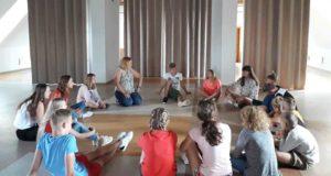 """Edukacinė vaikų ir jaunimo teatro stovykla """"Collegium"""" Kražiuose"""