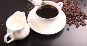 Kada pienas, kava ir greipfrutai gali tapti žalingi