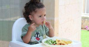 Netinkami vaikų maitinimo įpročiai kelia nerimą dietologams